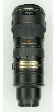 Nikon AF-S VR-Nikkor 70-200mm