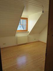 Pfedelbach - Helle große Dachwohnung ab