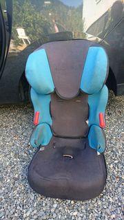 Kindersitz zu verschenken