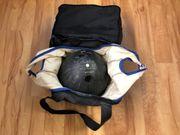 Bowling-Kugeln inkl Taschen