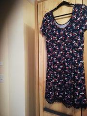 NEUES ungetragenes Kleid von GINA