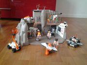 Playmobil Agenten Hauptquartier 4875 und
