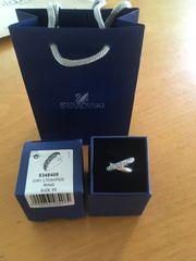 NEUER Swarovski Ring - im Shop
