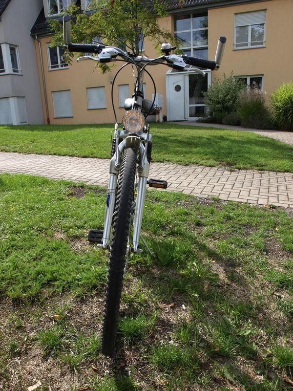 Gebrauchtes Damen-Trekking-Rad 26