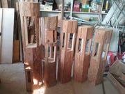 Holzdekoration aus alten Holzbalken