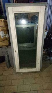 2 Holzfenster 61cm breit 134