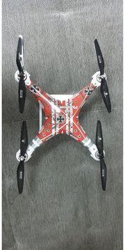 2 Drohnen