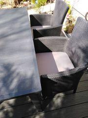 Terrassen Sitzgruppe aus Kunststoff in