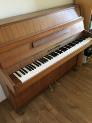 Klavier Concorde zu verkaufen