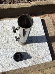 Sonnenschirmständer aus Granit