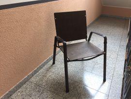 4 Gartenstühle aus Metall zu je