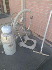 Wasserstaubsauger mit Rollwagen