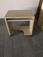 Tisch für Computer