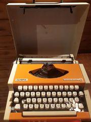 Schreibmaschine - OLYMPIA - Traveller de Luxe