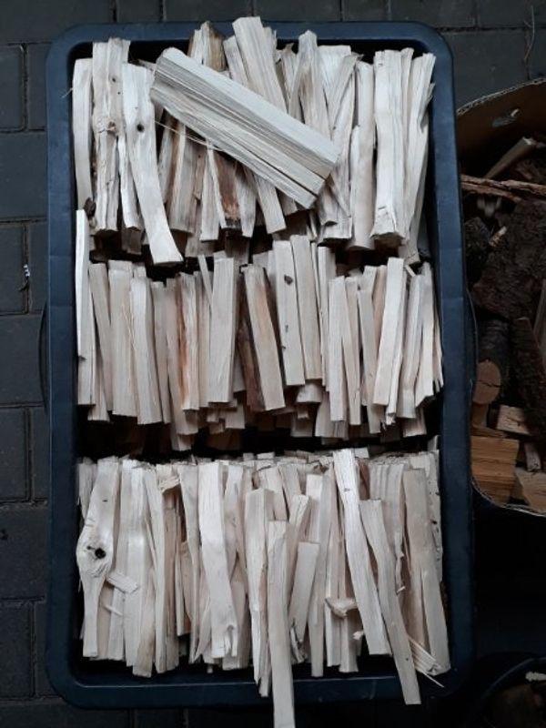 Brennholz Anmachholz Anfeuerholz Anzündholz