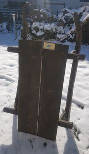 Sehr alter Holzschlitten Schlitten