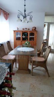 Eßzimmersitzgarnitur mit Tisch