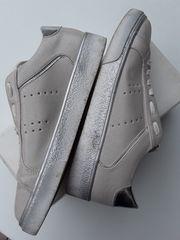 Damen-Sneaker Gr 39 sehr schick