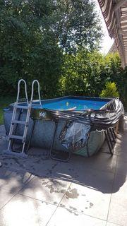 Exit-Pool mit Sonnendach 540 x