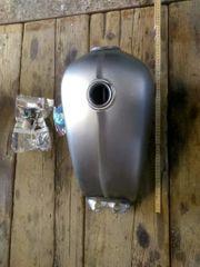 custom Motorradtank bobber cafe racer