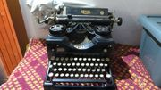 Schreibmaschine - Marke ROYAL - Sammlerstück