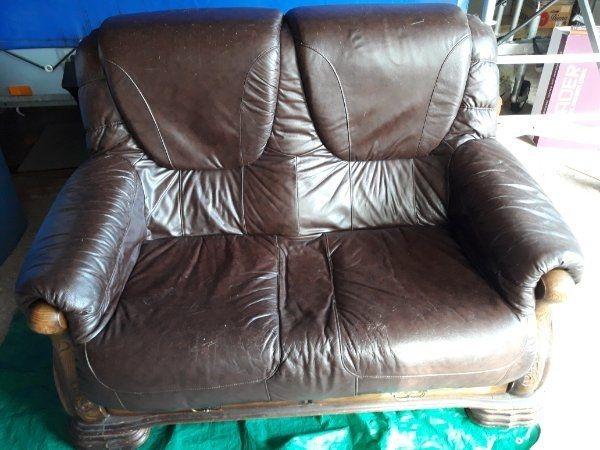 Verkaufe eine zwei Sitzer Couch
