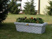 Garten Figur aus Beton Blumenkasten