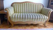 Schöner Sitzsofa und 2 Sessel