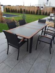 Gartentisch mit 10 Stühlen