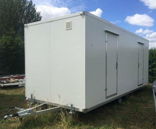 Toilettenwagen Toilettenanhänger mit WC PKW