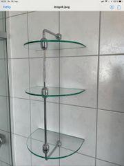 Badregal mit 3 Glasablagen