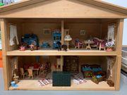 wunderschöne Puppenstube Puppenhaus mit viel