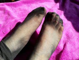 Bild 4 - Große breite und tolle Füße - Wien