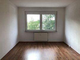 schöne 4 Raum Wohnung im EG in Tucheim eine Kaltmiete gratis