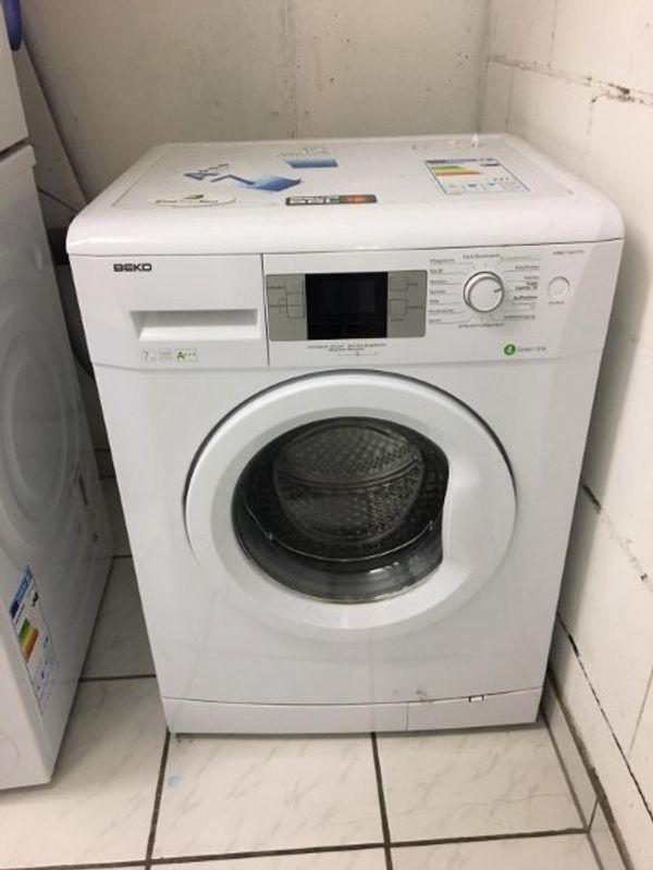 Waschmaschine Beko 7kg 1600uM - 240 EUR VHB - Nußloch - verkaufe meine Waschmaschine zwecks Umzug - ca 3 Jahre alt wäscht hervorragend bei sehr gutem Energieverbrauch.Anleitung etc. vorhandenTransportschrauben vorhandennur an SelbstabholerVHB 290 - Nußloch