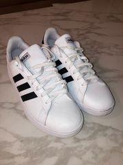 Adidas Schuhe Gr 43