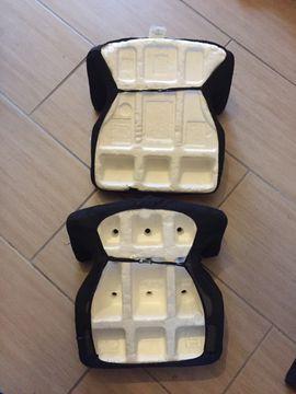 Autositze - Zwei Kindersitze für das Auto