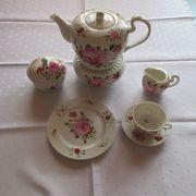 8-teiliges Tee-Service Ostfriesische Rose handgemalt