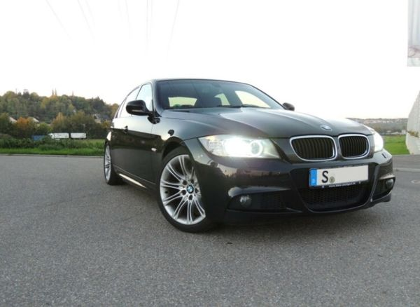 BMW 320i M-Sportpaket Bi-Xenon Tempom