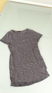 NEUES T-Shirt von Review Größe