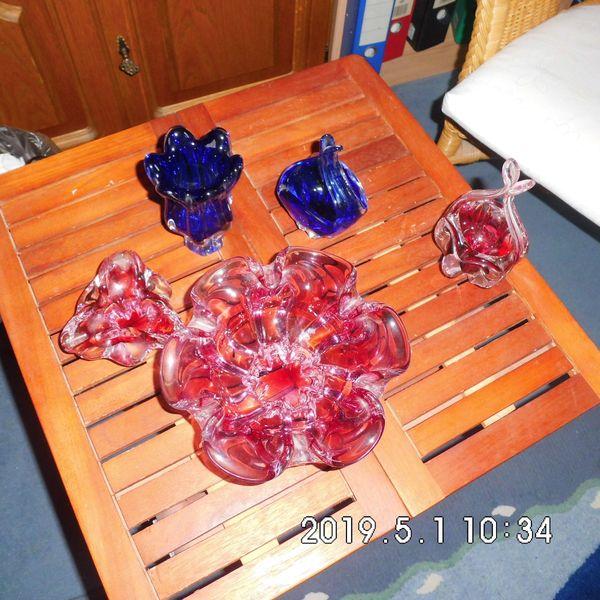 4 Glasschalen farbig