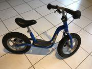 Blaues Laufrad von der Firma