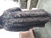 Gut erhaltene Pelz-Jacke und Pelz-Mantel