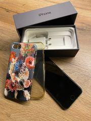 iPhone 8 64GB spacegrau