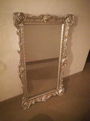 Silberner großer Spiegel