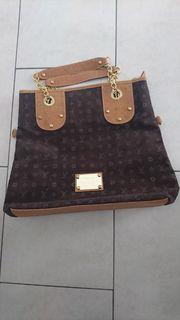 Handtasche L V