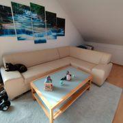 Beige Kunstleder Couch abzugeben