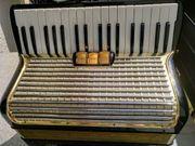 Akkordeon Hohner Concerto II 72