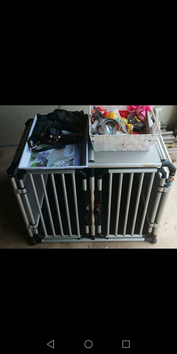 Große Hundetransportbox