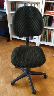 Schreibtischstuhl schwarz mit weißen Punkten